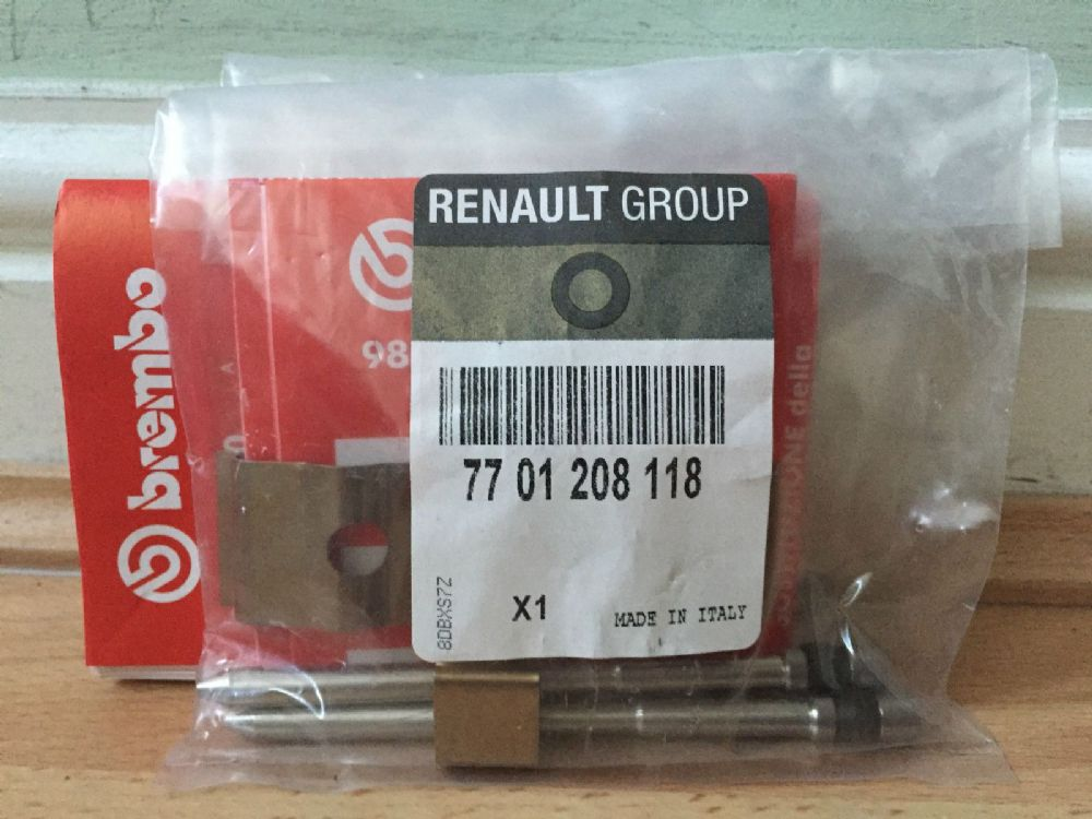 Genuine Megane 225 / Clio III 197 Sport Brembo Caliper Pin Kit 7701208118
